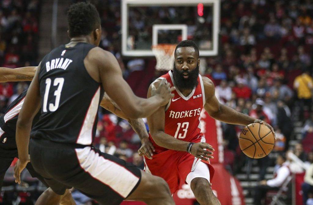 James Harden y Rockets siguen imparables con marca histórica de 26 triples