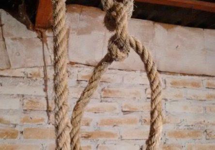 suicidios-ahorcado-444x311.jpg