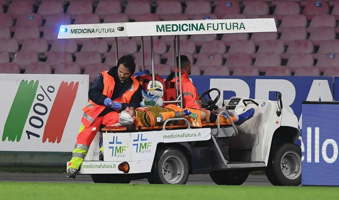 David Ospina dejó el hospital tras desplomarse en el Napoli-Udinese