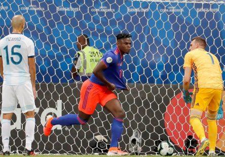 Futbol-Copa_America_de_futbol-Seleccion_de_futbol_de_Colombia-Seleccion_de_futbol_de_Argentina-Futbol_406719629_125661074_1706x960-444x311.jpg