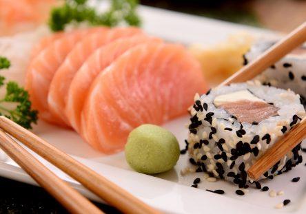 sushi-2856545_1920-444x311.jpg