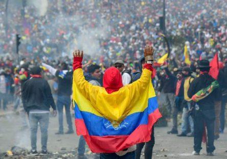 Protestas-en-Ecuador-6-900x540-1-900x540-444x311.jpg