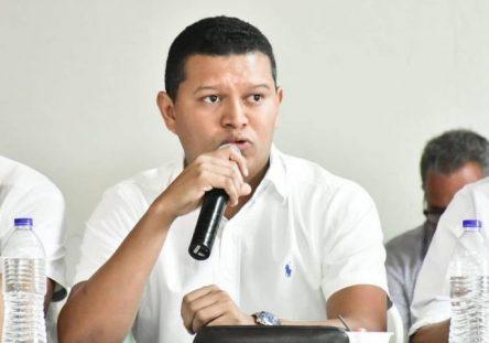 alcalde-de-san-bernardo-elber-lopez-444x311.jpg