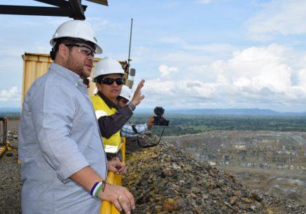 gobernador-electo-en-visita-a-cerro-matoso-1-444x311.jpeg