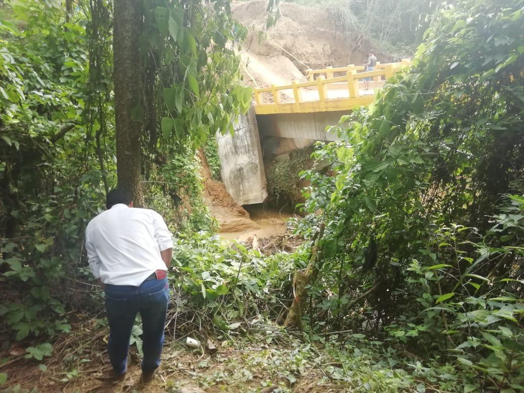 En al menos 15 días se rehabilitaría paso provisional a Villanueva tras caída de puente - LA RAZÓN.CO