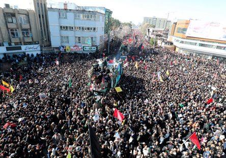 Funeral-Comandante-Iran-Soleimani-EFE-444x311.jpg