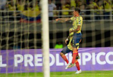 Jorge-Carrascal-celebrando-el-primer-gol-de-Colombia.-360x247.jpg
