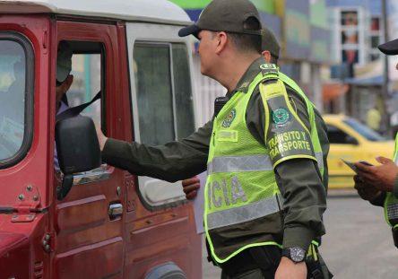 Policía-de-Tránsito-444x311.jpg