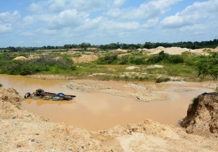 mineria-ilegal-ayapel-3-444x311.jpg