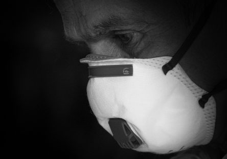mask-4934395_1920-444x311.jpg